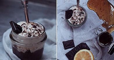 Varškės ir sausainių desertas