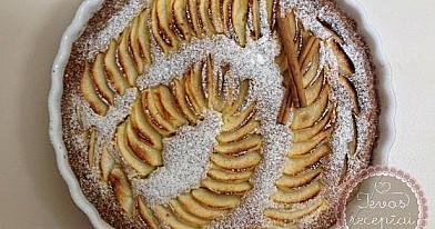 Netradicinis obuolių pyragas