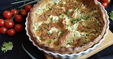 Несладкие оладьи в духовке с луковыми листьями и сыром фета или козьим сыром - Dutch baby