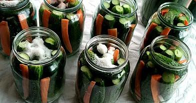 Būtinai marinuokite agurkus pagal šį receptą. Marinuoti agurkai vokiškai