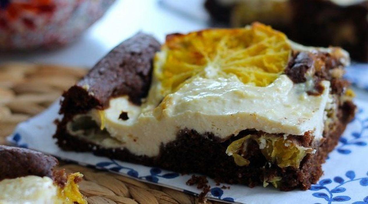 Šokoladinis pyragas su varške ir apelsinais