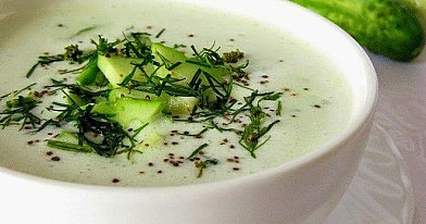Cold soup with cucumbers