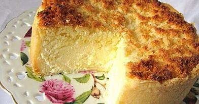 Kokosinis varškės pyragas su traškia kokosų plutele