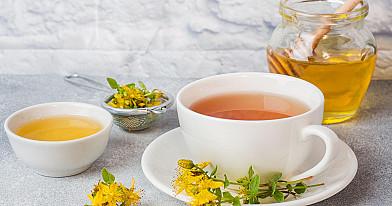 Jonažolių arbata (kaip gerti; atsiliepimai; nuo depresijos; nauda ir šalutinis poveikis)