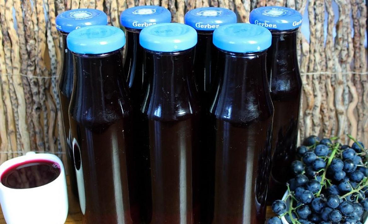 Naminių vynuogių sultys žiemai (paprasta sudėtis ir gamyba)
