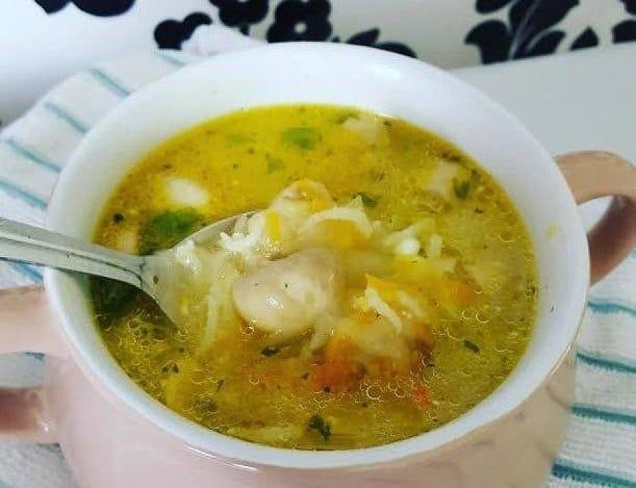 Soti sriuba su grybais